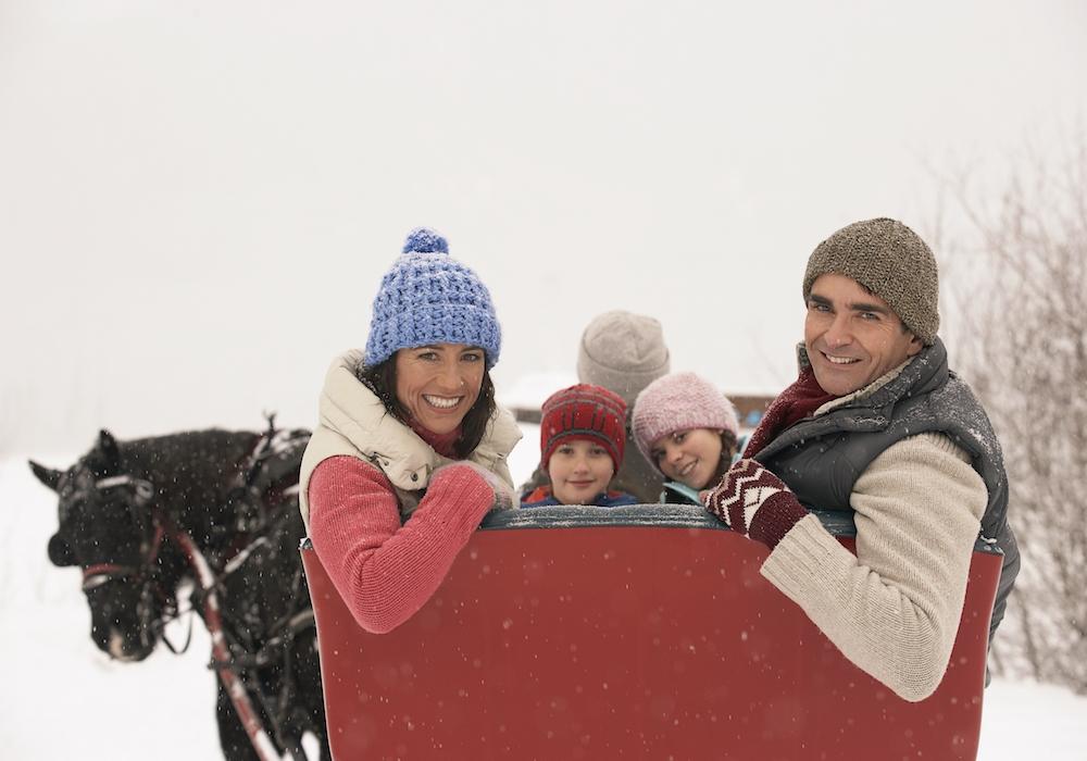family-sleigh-ride