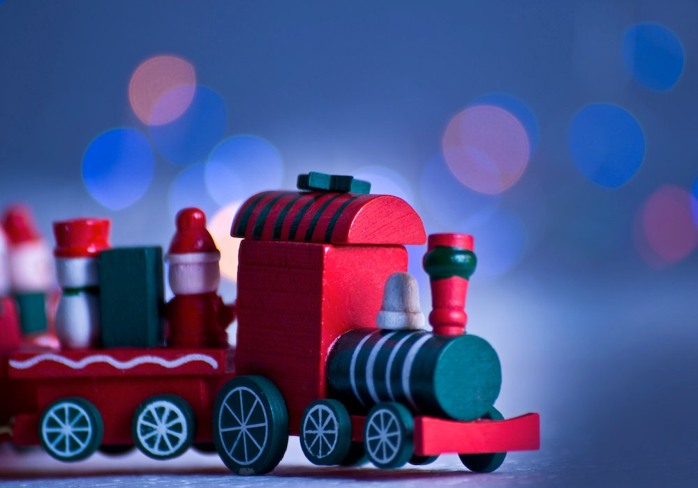 The Ultimate Maritime Holiday Gift Guide 1