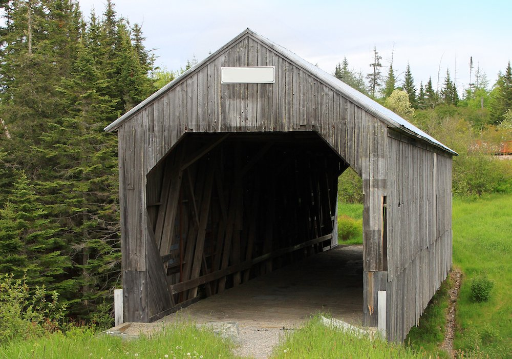wooden-covered-bridge